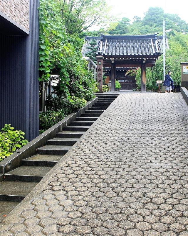 門前のあめや坂
